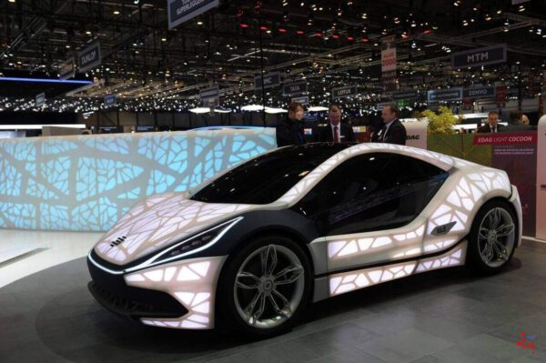 خودرو های تولید شده با پرینتر سه بعدی