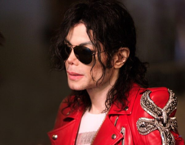 Photo of متن و ترجمه آهنگ They do not care about us از Michael Jackson