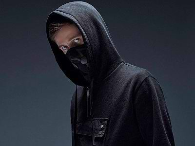 اهنگ on my way از Alan Walker